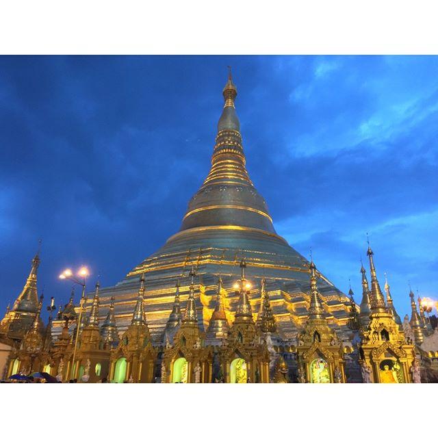 ミャンマーのシュエダゴンパゴタ。