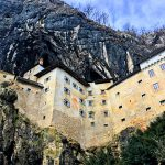 【スロベニア旅行記】Day11 世界遺産よりもこっちの方がすごいぢゃん!ポストイナの洞窟と崖の壁に建つ城